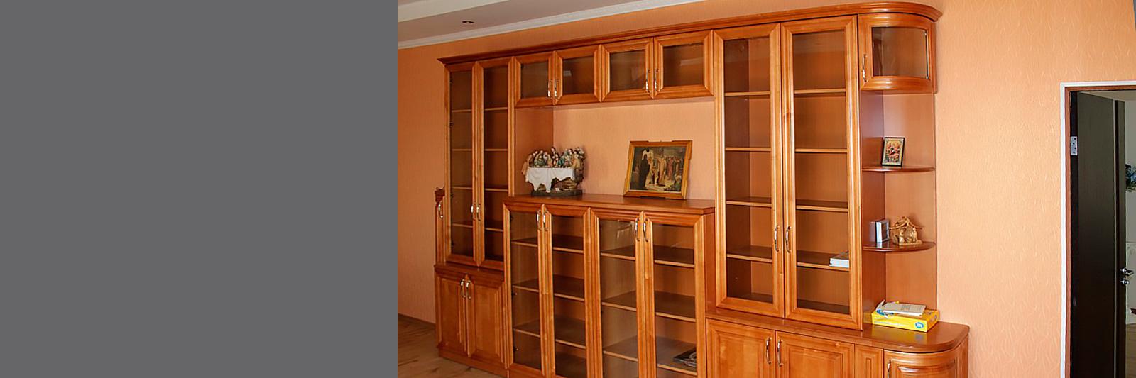 Книжные шкафы на заказ из массива по индивидуальным размерам