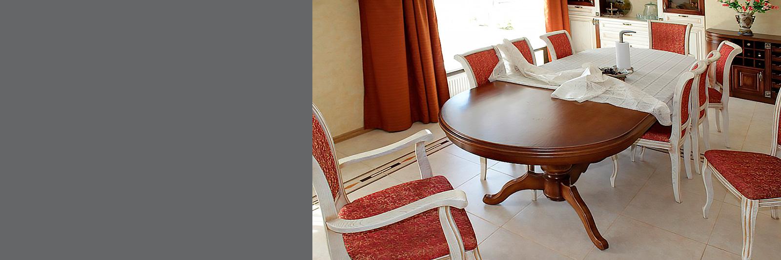 Обеденный стол по индивидуальному заказу из массива со стульями