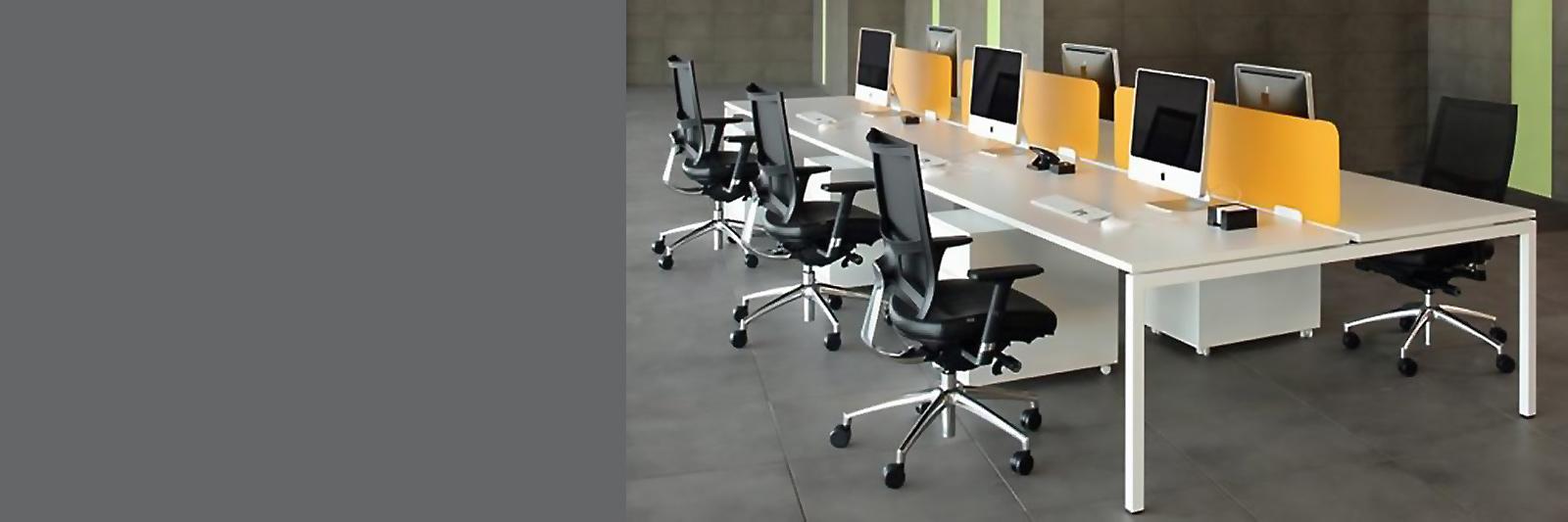 Многосекционные рабочие столы на металлокаркасе ФОРМАТ с траверсами