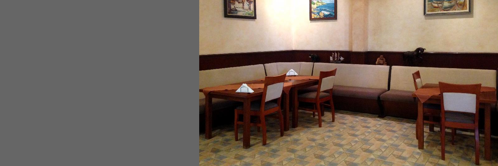 Барная мебель (диваны, столы, стулья) из массива на заказ
